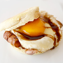 Bacon and egg muffin thumbnail