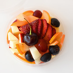 Fruit salad cup - 8 oz thumbnail