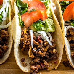 Verde beef tacos thumbnail