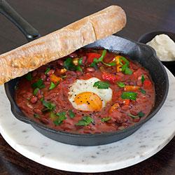 Shakshouka Moroccan eggs thumbnail