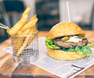 Beef burger with chips package thumbnail
