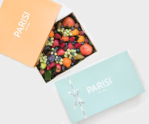 Premium fruit gift box thumbnail