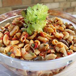 Mediterranean red pasta salad thumbnail