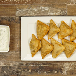 Traditional vegetarian samosas thumbnail