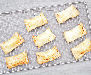 Spinach and feta parcels thumbnail