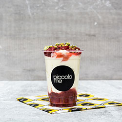 Mixed berry and yoghurt cup thumbnail