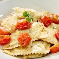 Spinach and ricotta ravioli - serves 4 thumbnail