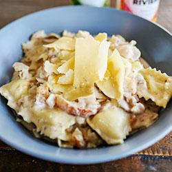 Chicken and mushroom ravioli - serves 4 thumbnail