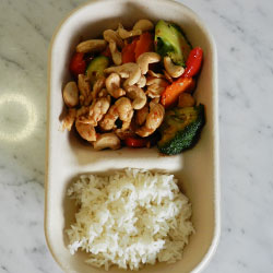 Cashew nut chicken and rice thumbnail