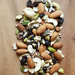 Calming fruit and nut bag - 250g thumbnail
