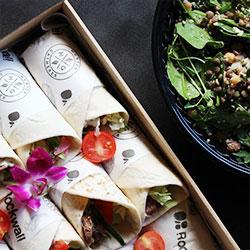 Mediterranean lunch thumbnail
