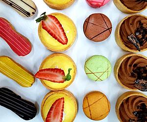 Petite sweets platter thumbnail