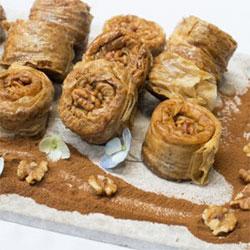 Walnut baklava roll - 120g thumbnail