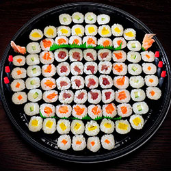 Maki platter- serves 4 to 6 thumbnail