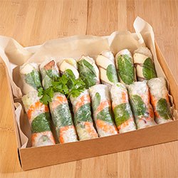 Fresh rice paper rolls thumbnail