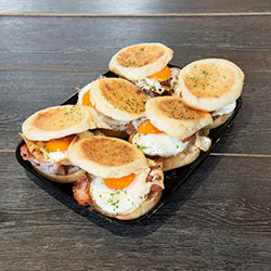 Bacon and egg English muffin thumbnail