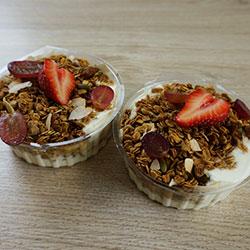 Yoghurt and muesli cups - 8 oz thumbnail