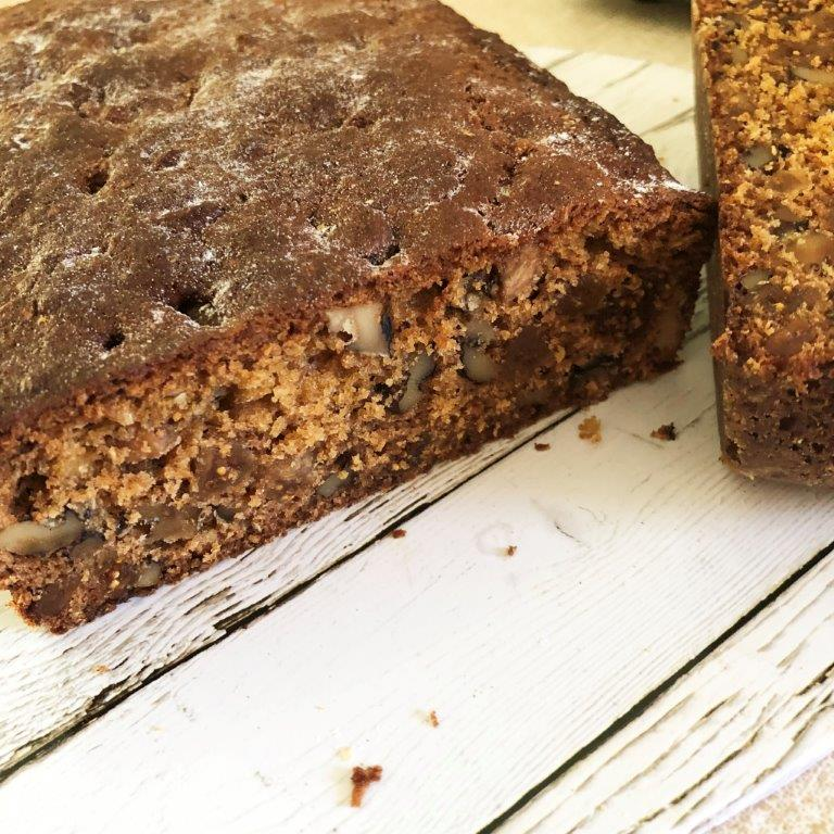Fig and walnut loaf thumbnail
