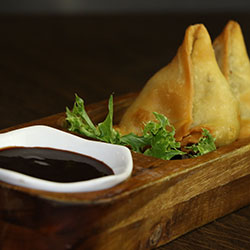 Vegetable samosa thumbnail