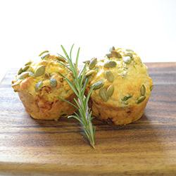 Potato, pumpkin and spinach savoury muffin - large thumbnail