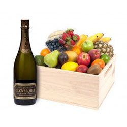 Fruit hampers with Clover Hill - deluxe thumbnail