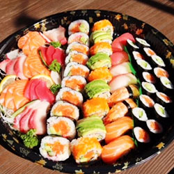 Sushi and sashimi platter 1 - serves 6 to 8 thumbnail