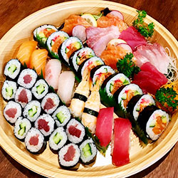 Sushi and sashimi platter 2 - serves 6 to 8 thumbnail