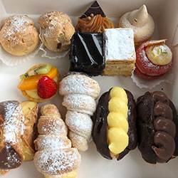 Mixed pastries box thumbnail