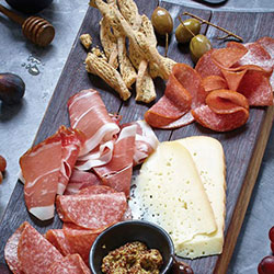 Smoked meat and cheese platter - serves 3 to 5 thumbnail