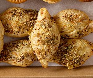 Cheese and spinach pastitsi - mini thumbnail