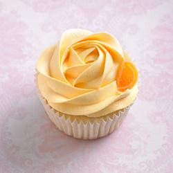 Classic cupcakes - orange and mango thumbnail