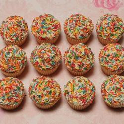 Petite cupcakes - sprinkles thumbnail