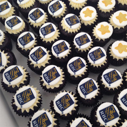 Petite cupcakes with logo thumbnail