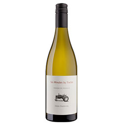 Ten Minutes by Tractor Estate Chardonnay 2016 Mornington Peninsula VIC thumbnail