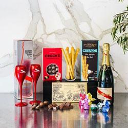 G.H.Mumm champagne and nibbles gift hamper thumbnail