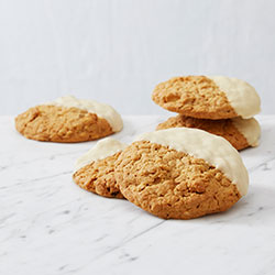 Muesli n apple yoghurt cookies thumbnail